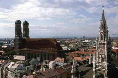 Башни собора Фрауэнкирхе
