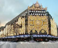 Галери Лафайет во время зимних распродаж